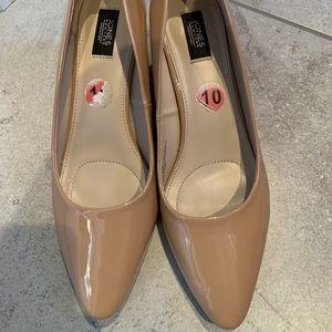 EUC Jones New York nude shiny wedge heel shoes